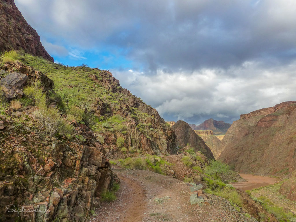 River Trail tief unten im Canyon