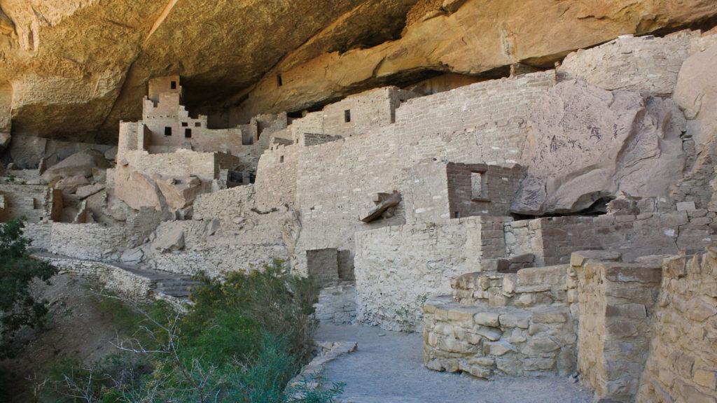 Kaum möglich: ein Foto ohne Menschen im Cliff Palace