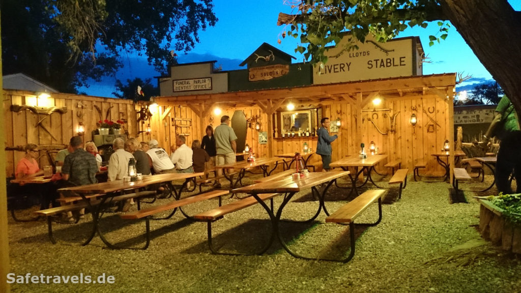 Cottonwood Steakhouse