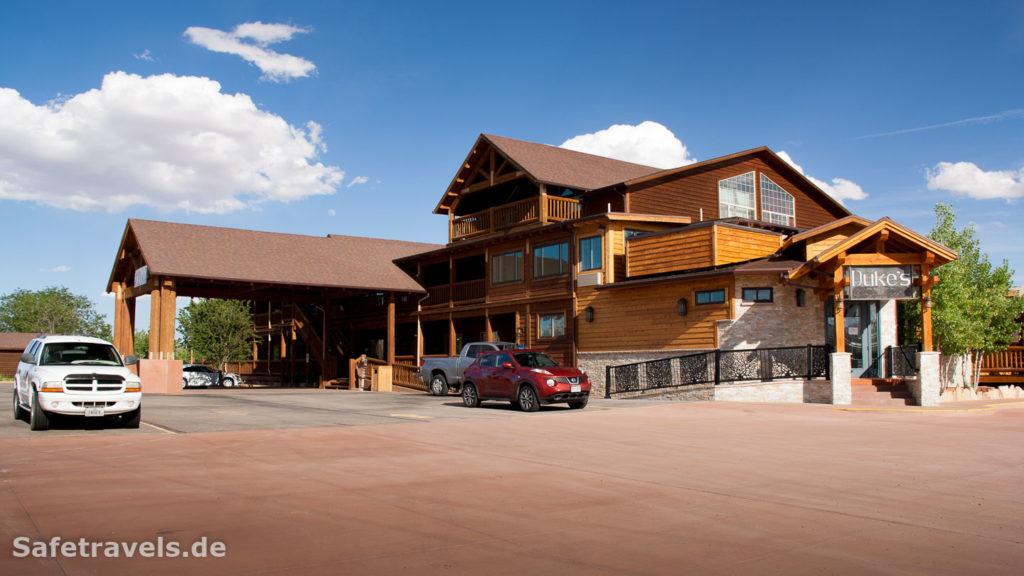 Desert Rose Inn in Bluff