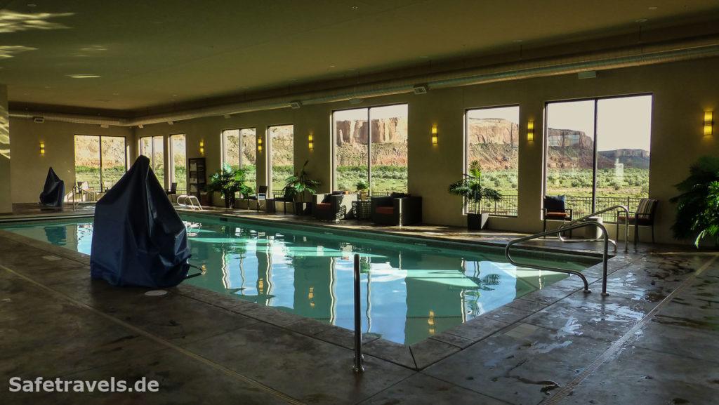Grandiose Aussicht vom Pool aus