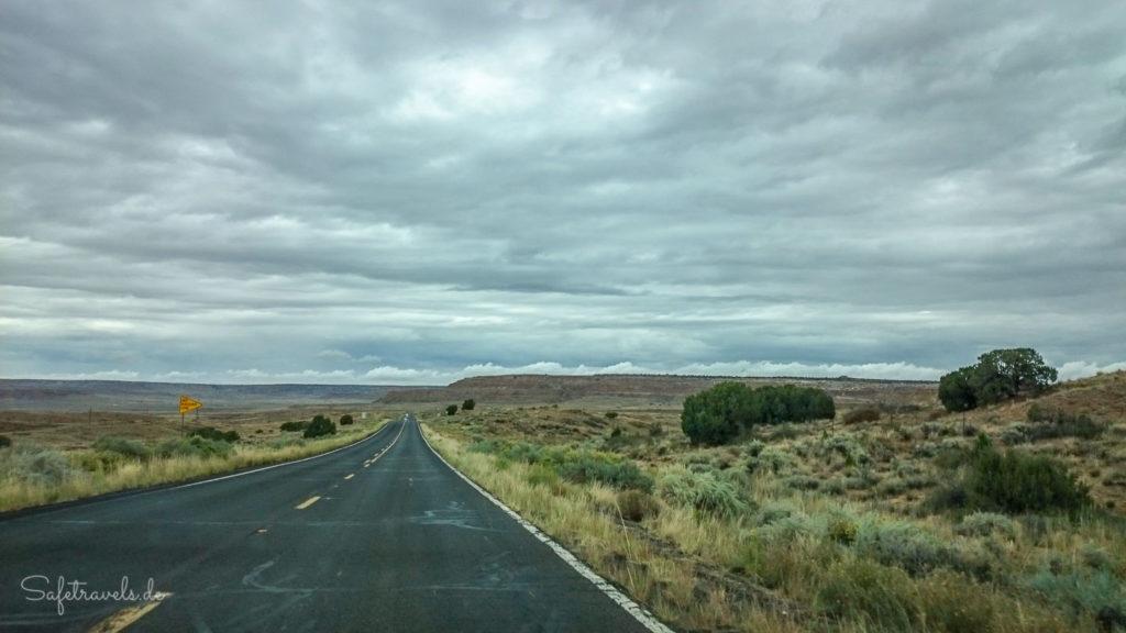 Highway 264 durchs Navajoland