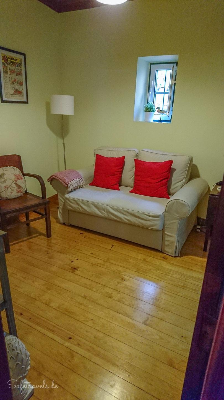 sch ner dielenboden im wohnzimmer safetravels. Black Bedroom Furniture Sets. Home Design Ideas