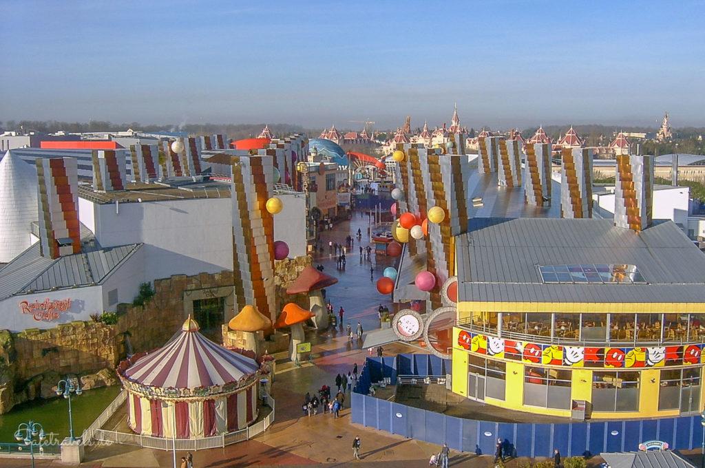 Disney Village (Luftaufnahme von 2008)