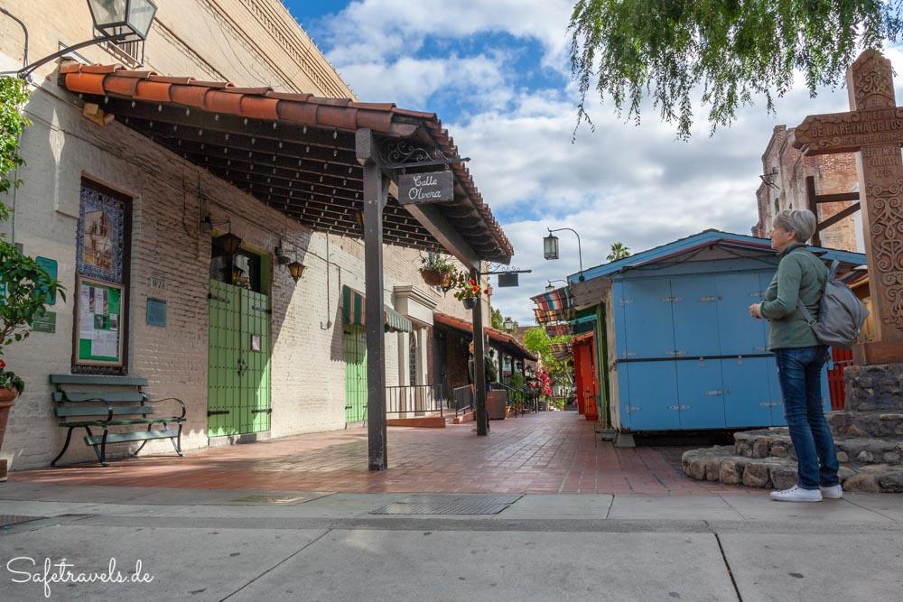 An der Olvera Street