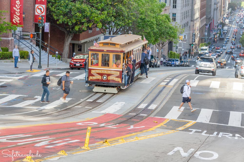 Cable Car in Chinatown in San Francisco