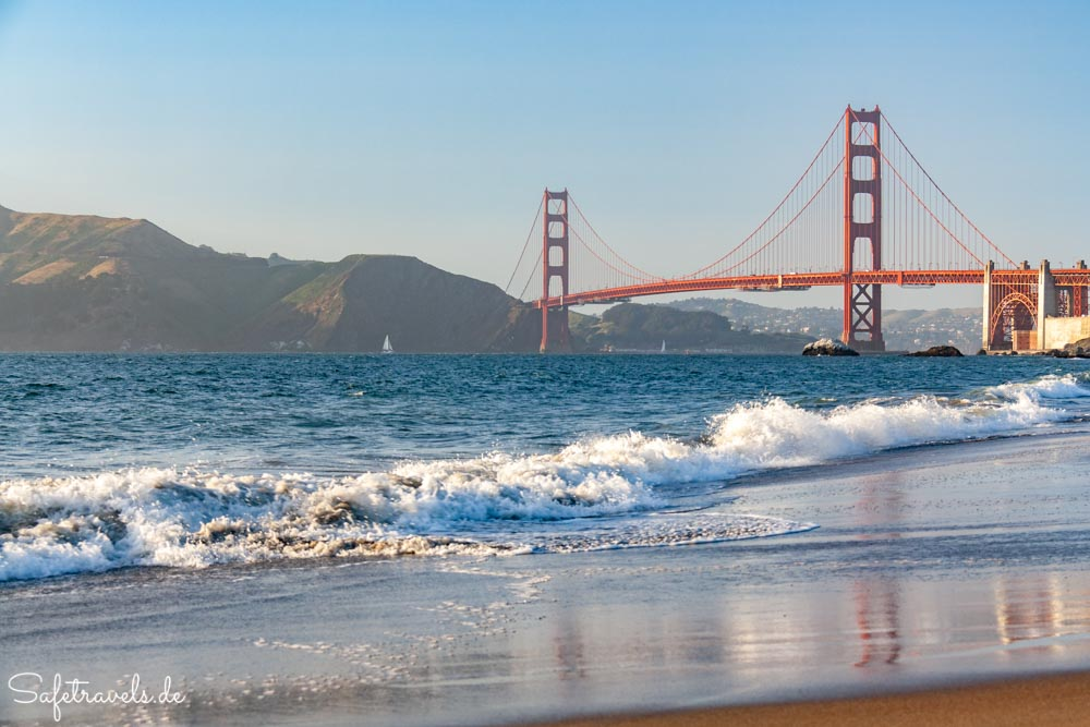 San Francisco - Golden Gate Bridge vom Baker Beach aus gesehen