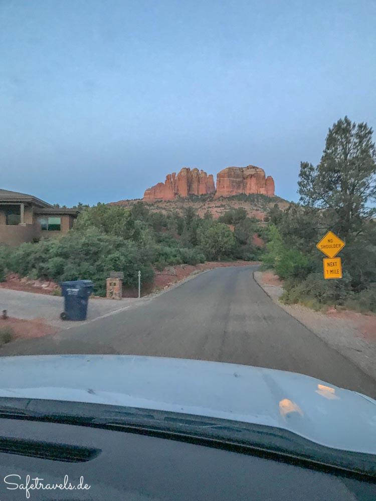 Anfahrt zum Cathedral Rock Trailhead