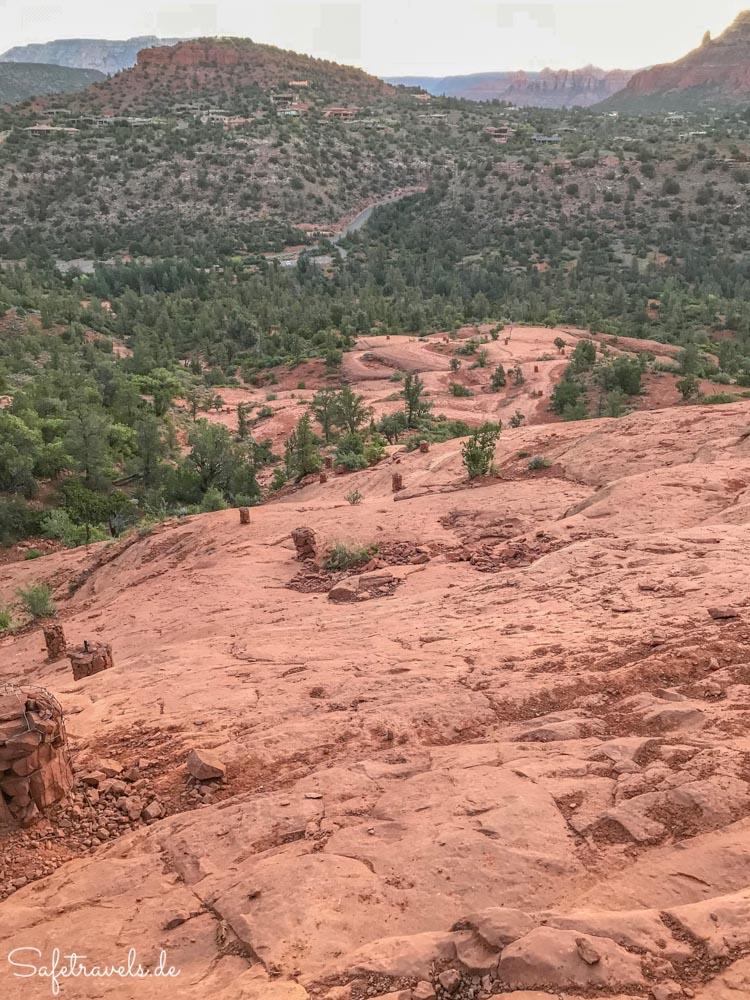 Cathedral Rock Trail - auf dem ersten Plateau