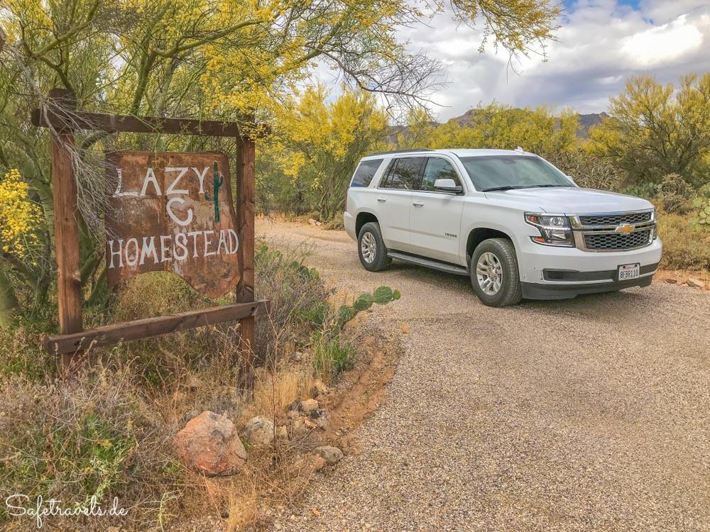 Lazy C Homestead - Einfahrt