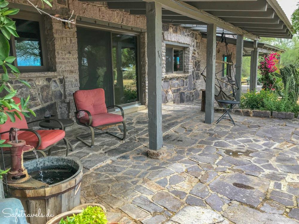 Lazy C Homestead - hintere Veranda