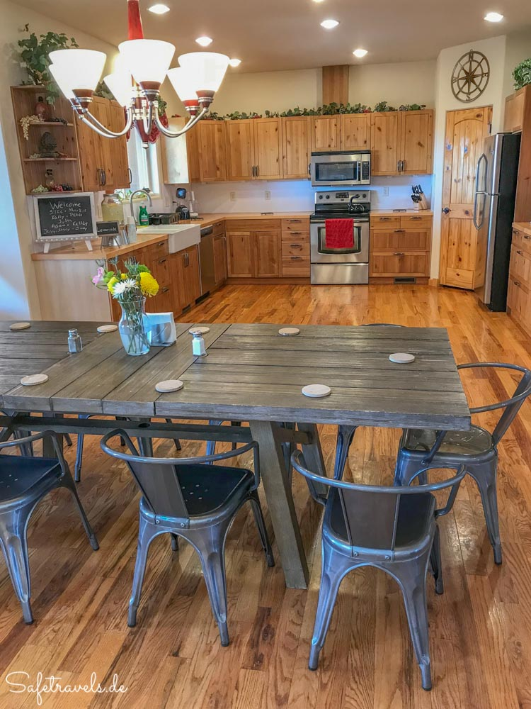 Burro Flats High Desert Lodge - gemütliche Küche