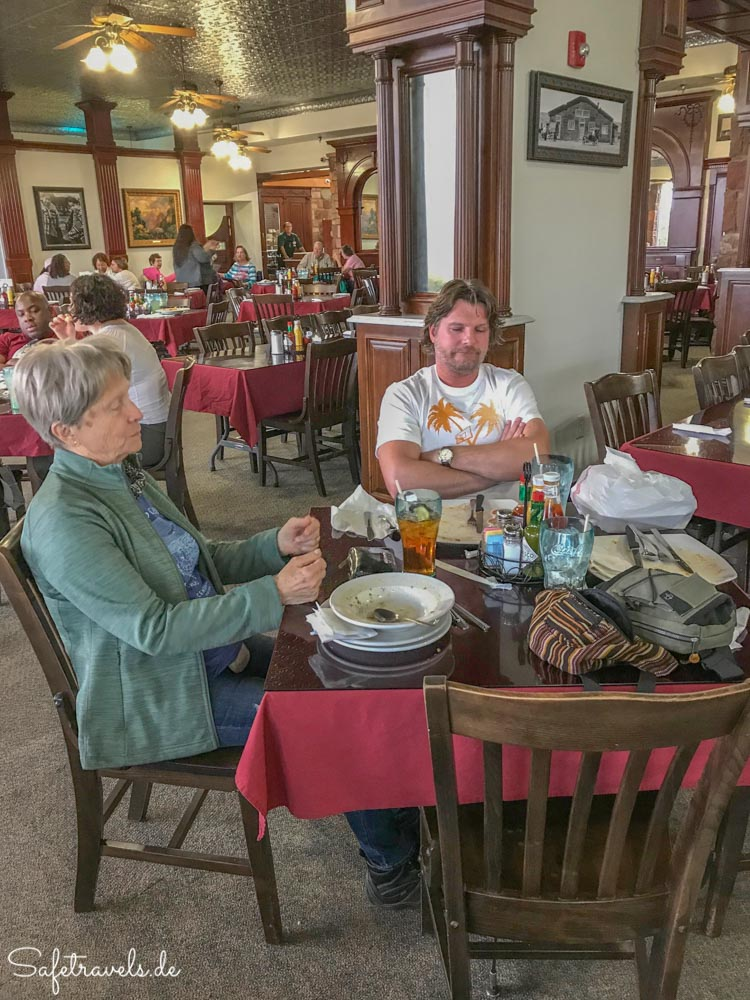 Cameron Trading Post - Gemütliches Restaurant
