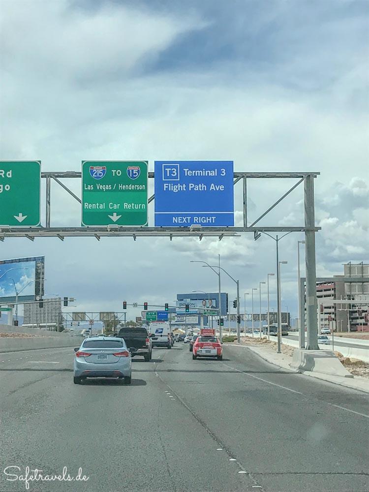 Kurze Fahrt zum Mietwagencenter Las Vegas