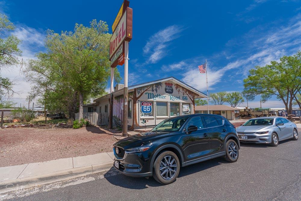 Seligman Route 66 - Aztec Motel
