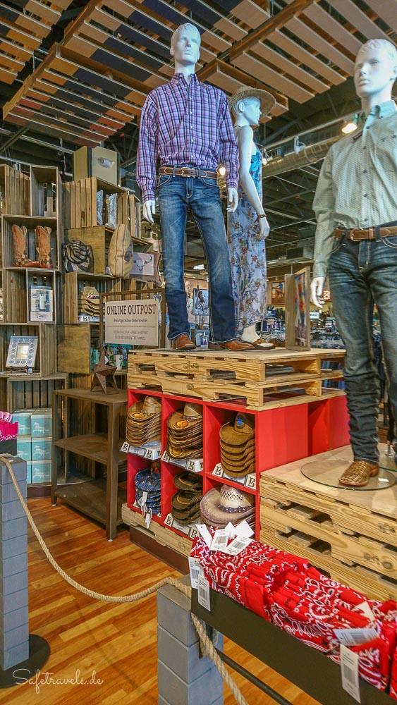 Las Vegas Shopping - Westernkleidung bei Boot Barn