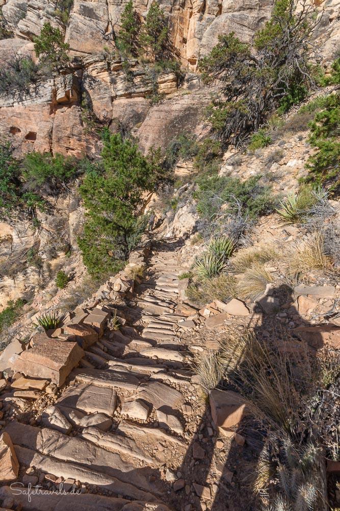 Abstieg auf dem steilen Kopfsteinpflaster am Grandview Trail