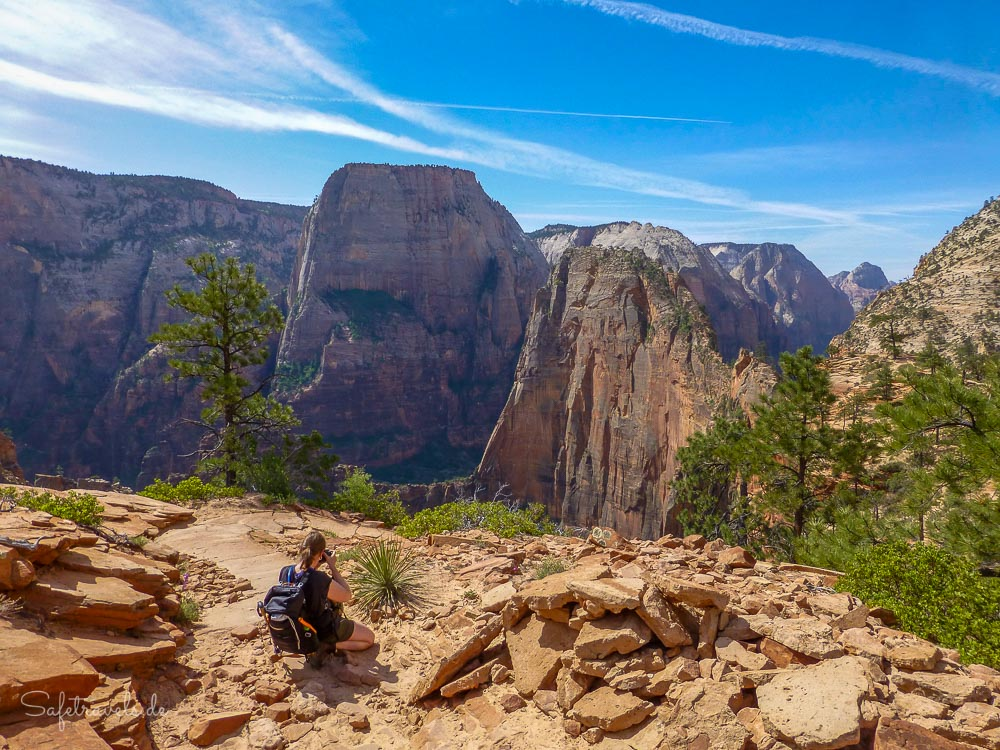 Fotogene Formationen - Angels Landing und Great White Throne