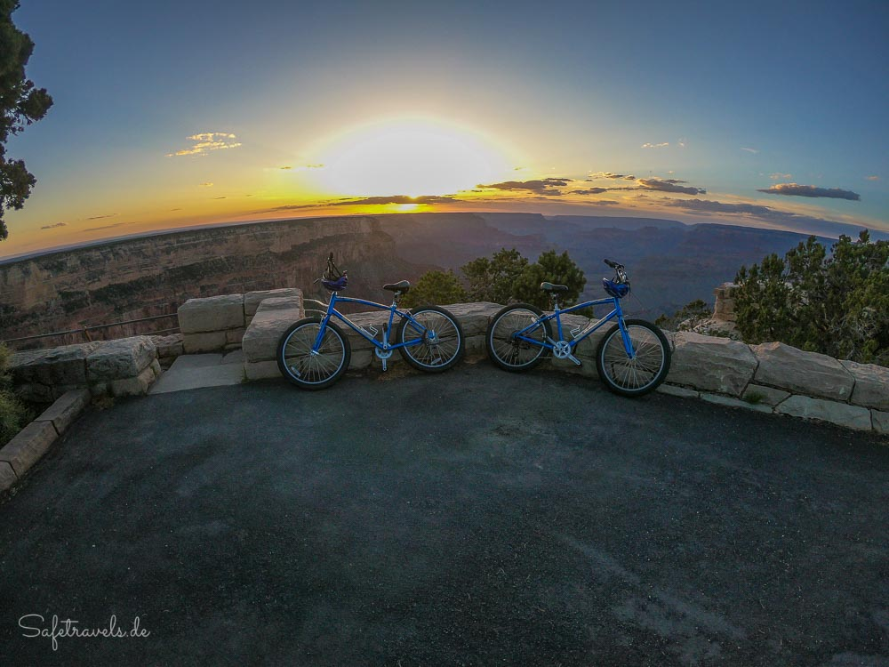 Grand Canyon Fahrradtour - Sonnenuntergang am South Rim