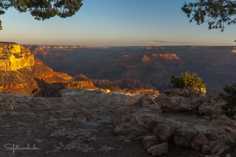 Grand Canyon Sonnenaufgang am Rim Trail
