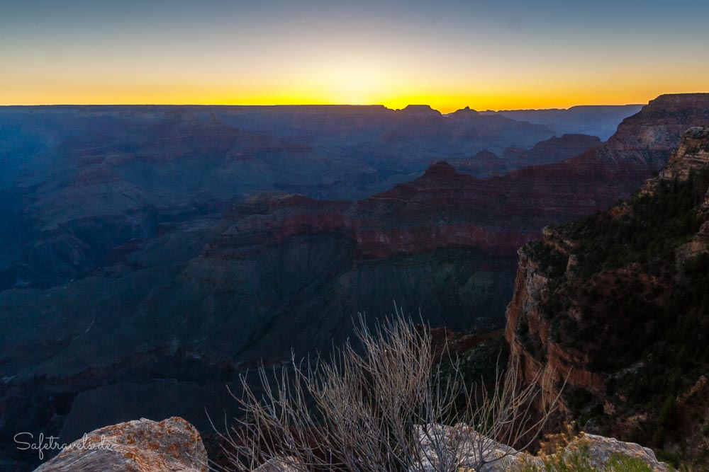 Sonnenaufgang am Yavapai Point - Grand Canyon