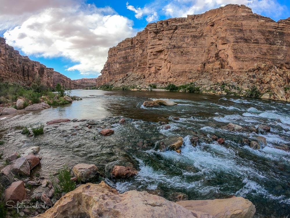 Am Colorado River - Cathedral Wash Trail