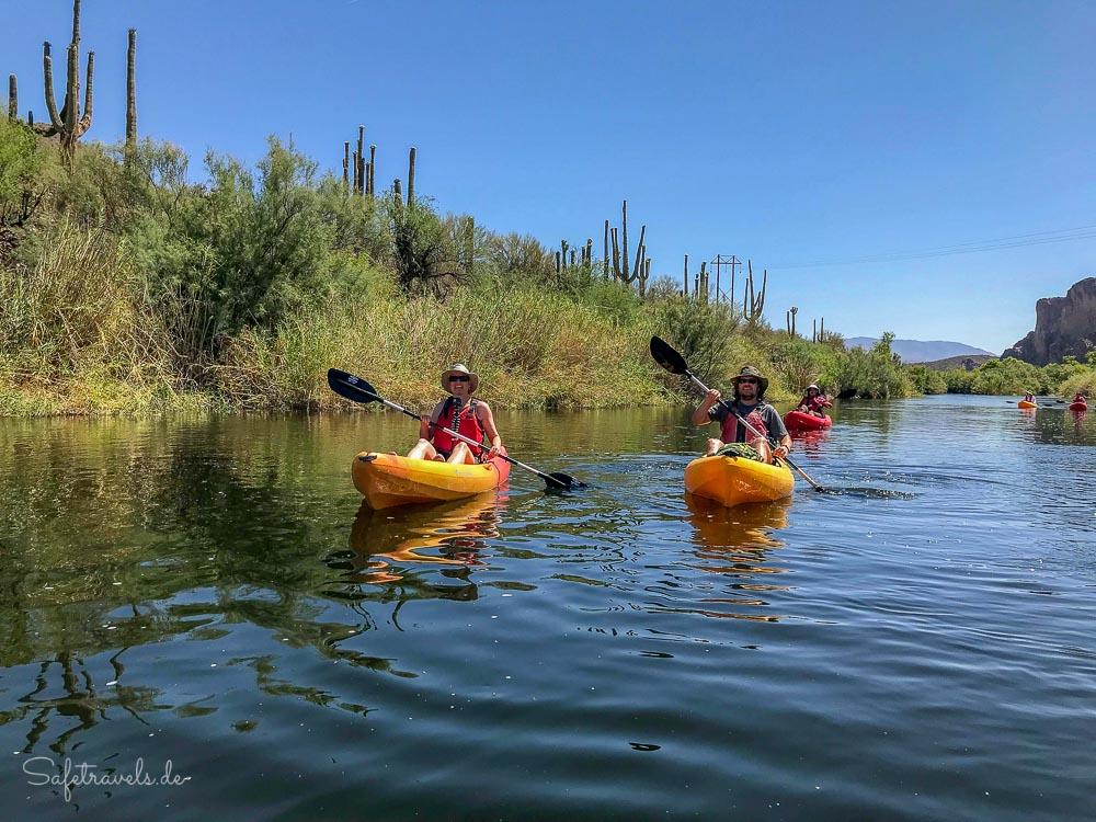 Zwischen Saguaros und Felsen - Kajaktour auf dem Salt River