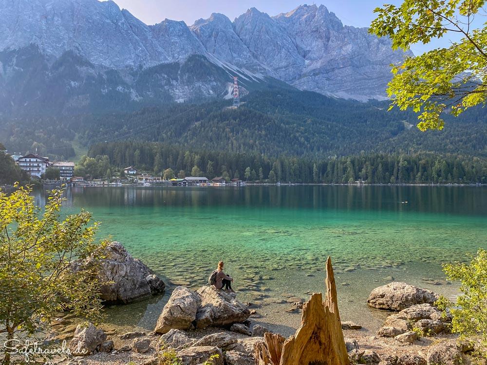 Den Ausblick genießen - Eibsee in Bayern