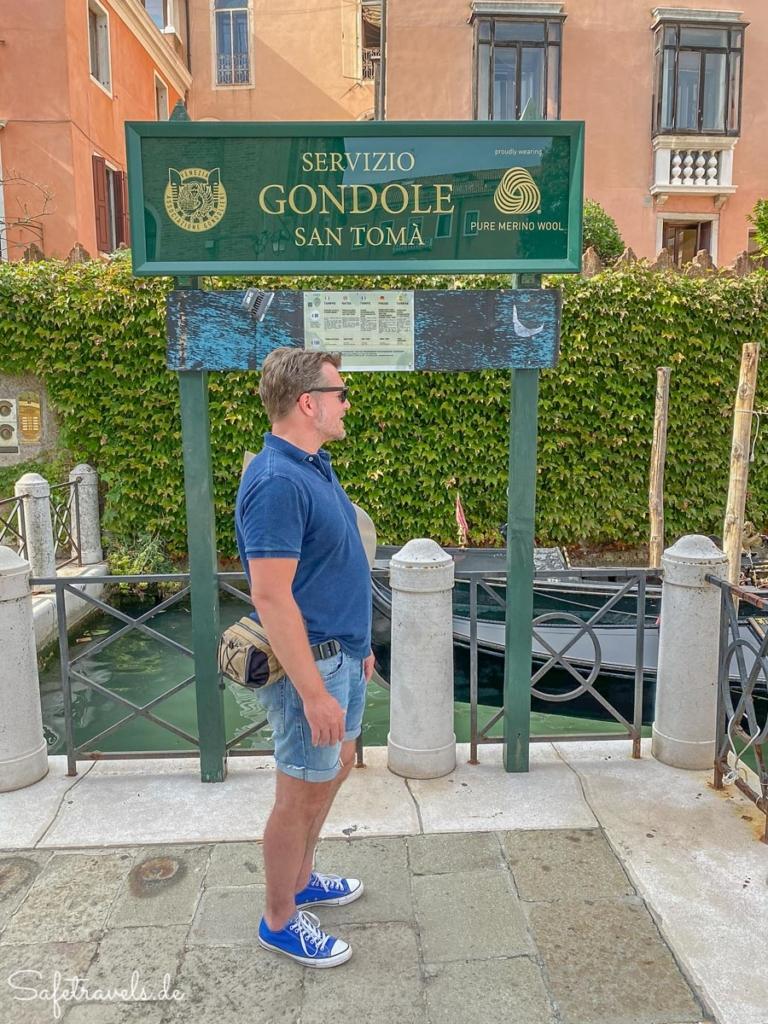 Am Startplatz für die Gondelfahrt in Venedig
