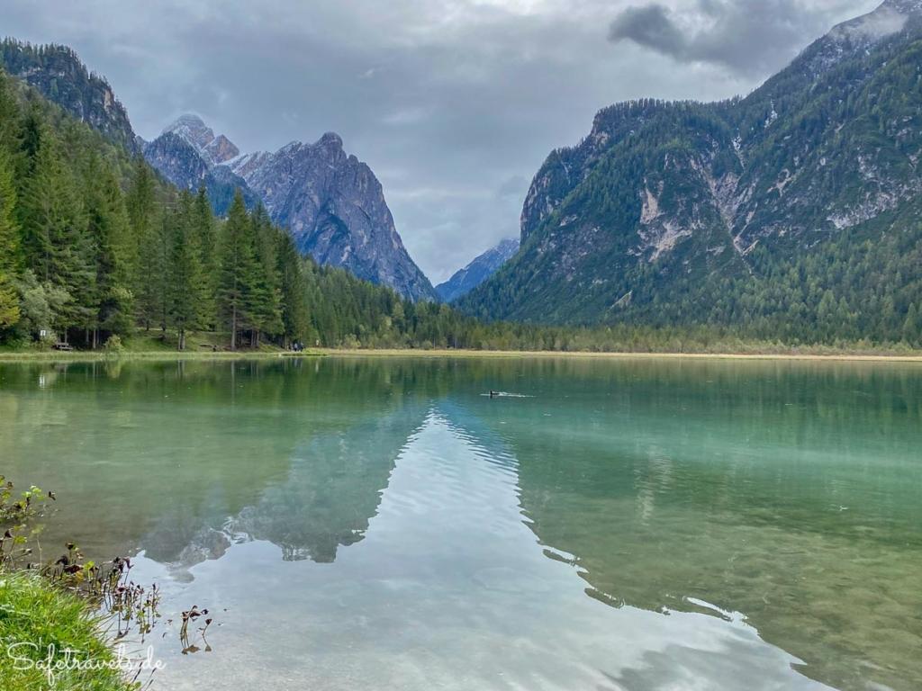 Bergpanorama am Toblacher See