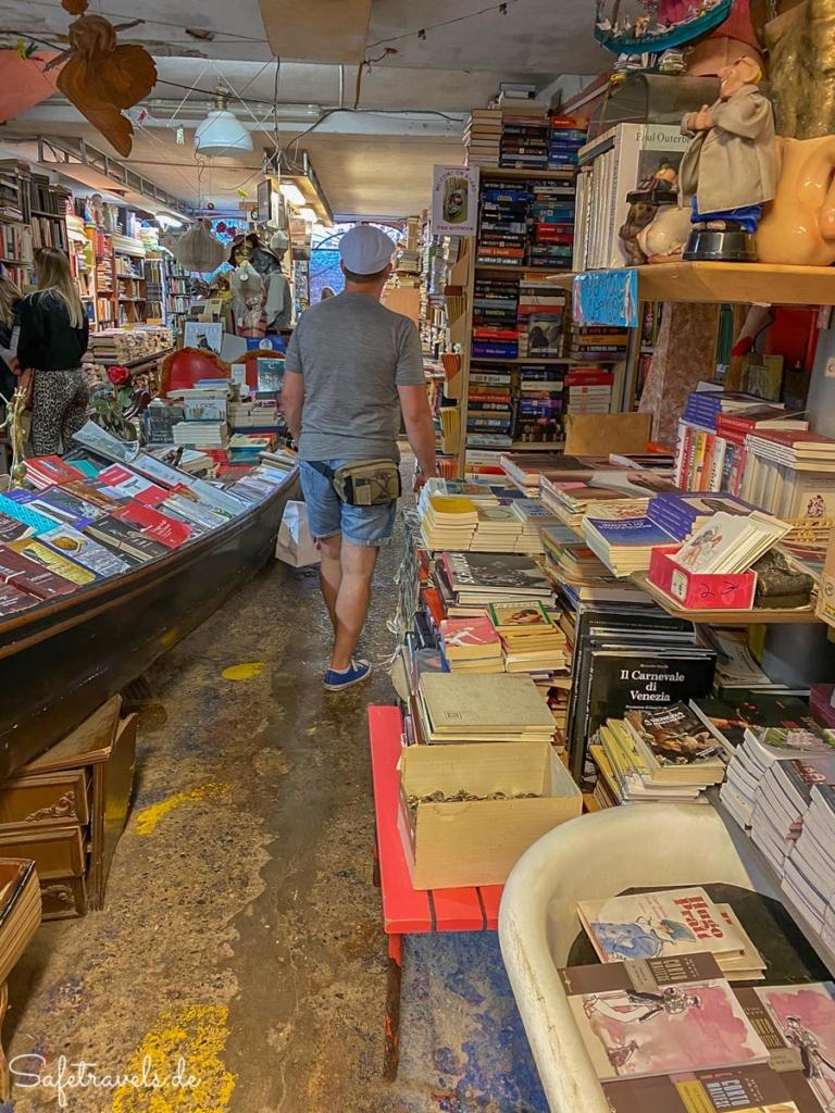 In der Alta Acqua Libreria in Venedig
