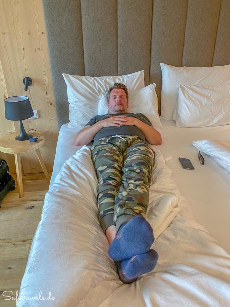 Siesta im Hotel Simpaty in Toblach