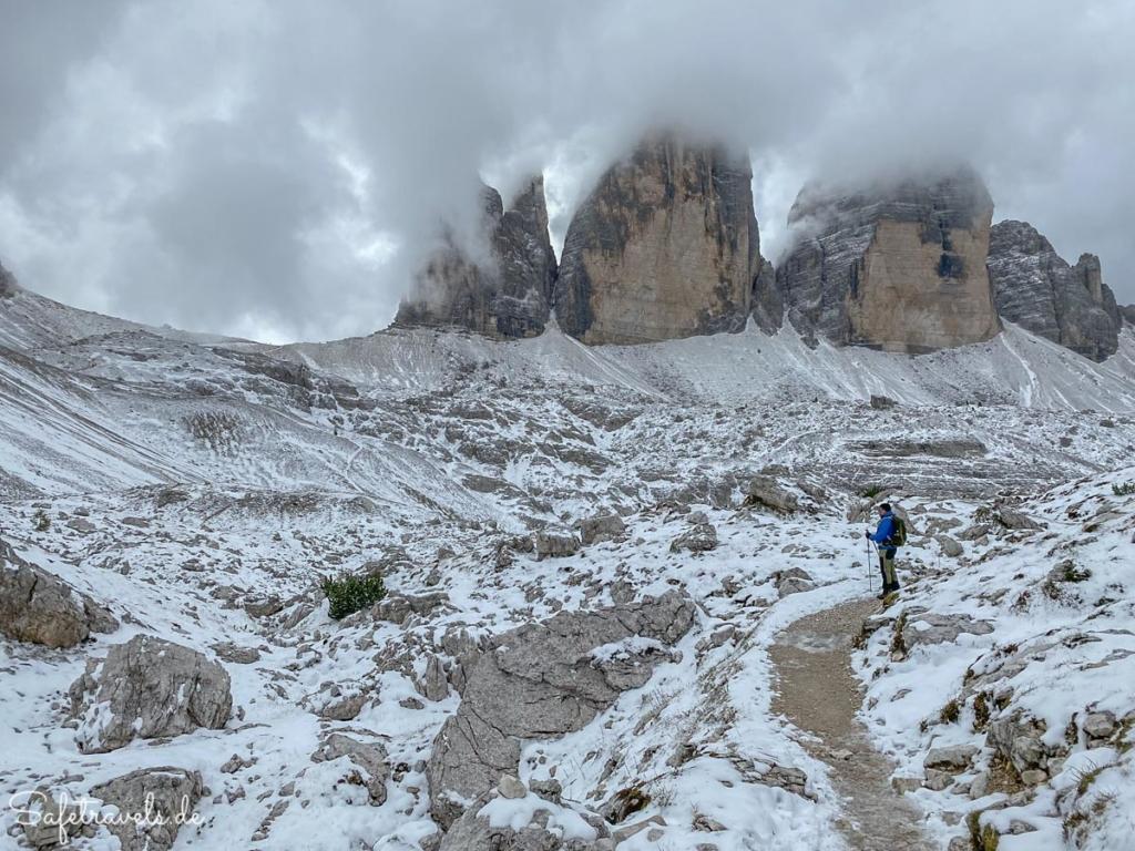Umrundung der Drei Zinnen im Schnee - Dolomiten
