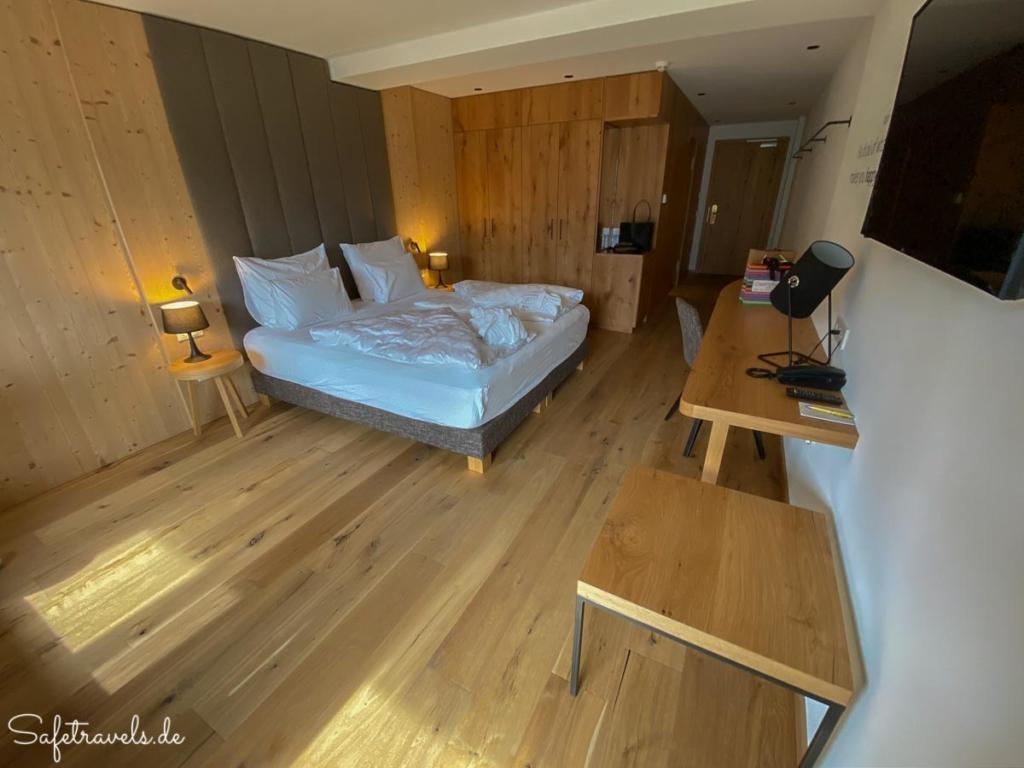 Zimmer im Hotel Simpaty in Toblach